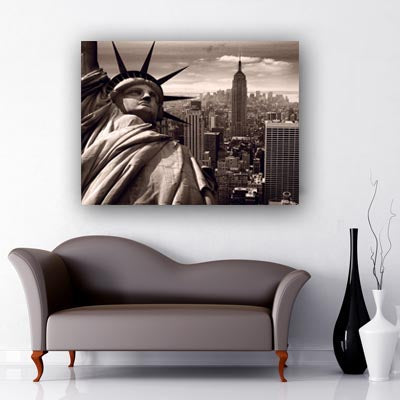 iconic images of New York City. Statue of Liberty, Empire state building