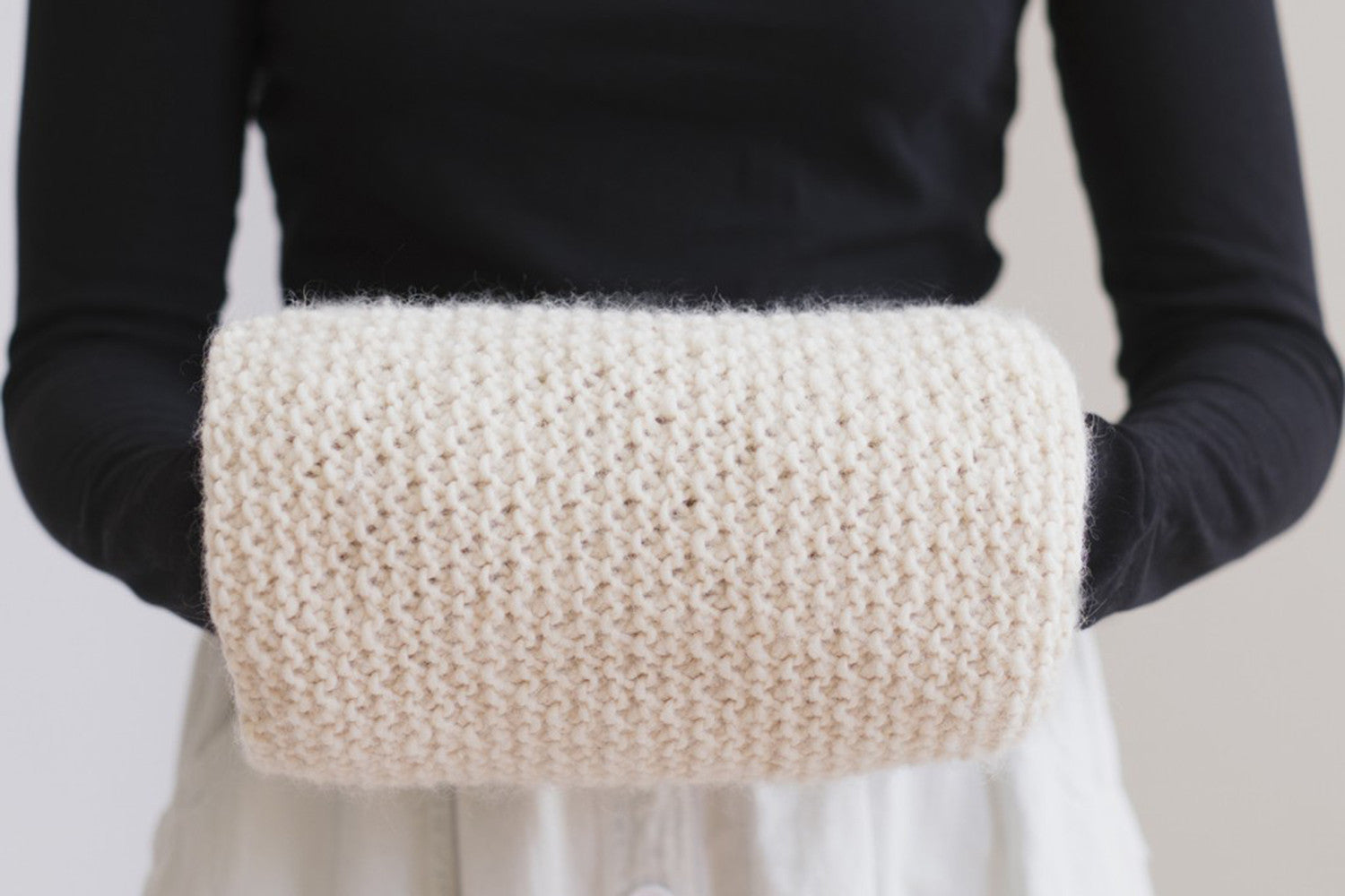 The Wooly Handwarmer Knit Kit