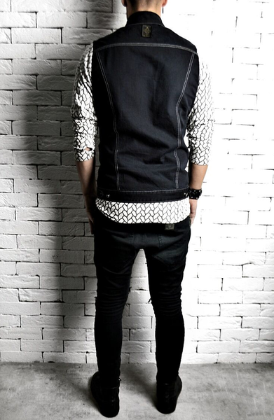 Geo Sleeved Denim Shirt