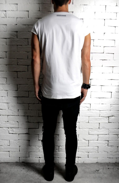 ANONYMOUS Printed T-Shirt | Mens Longline T-Shirts | ETTO Boutique