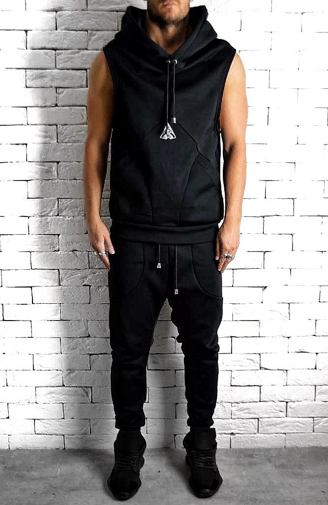 Directional Sleeveless Hoodie - Black