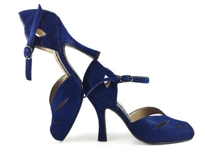 Mariposita. Arika Nerguiz Tango Dance Shoes. Broadway Theatrical Shoes.