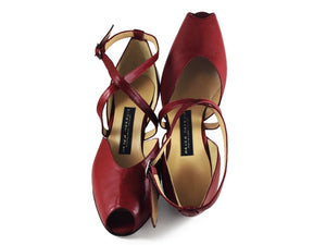 Tanguera. Arika Nerguiz Tango Dance Shoes. Broadway Theatrical Shoes.