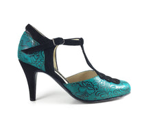 Tres Ojos. Arika Nerguiz Tango Dance Shoes. Broadway Theatrical Shoes.