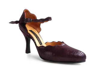 Garabita. Arika Nerguiz Tango Dance Shoes. Broadway Theatrical Shoes.