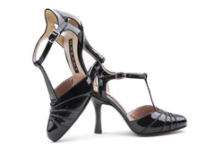 Caminito. Arika Nerguiz Tango Dance Shoes. Broadway Theatrical Shoes.