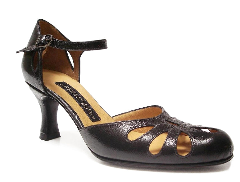 Lagrima. Arika Nerguiz Tango Dance Shoes. Broadway Theatrical Shoes.