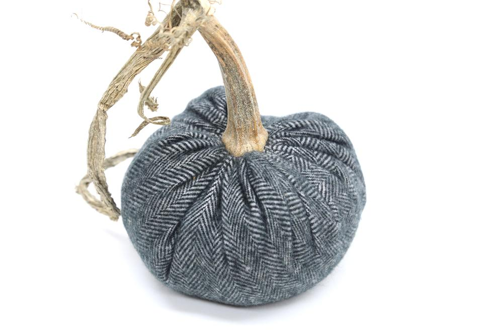 Cashmere Pumpkin in Charcoal Herringbone, 5 inch