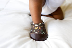 Leaves Organic Baby Shoes, by Weepereas - Crunch Natural Parenting is where to buy