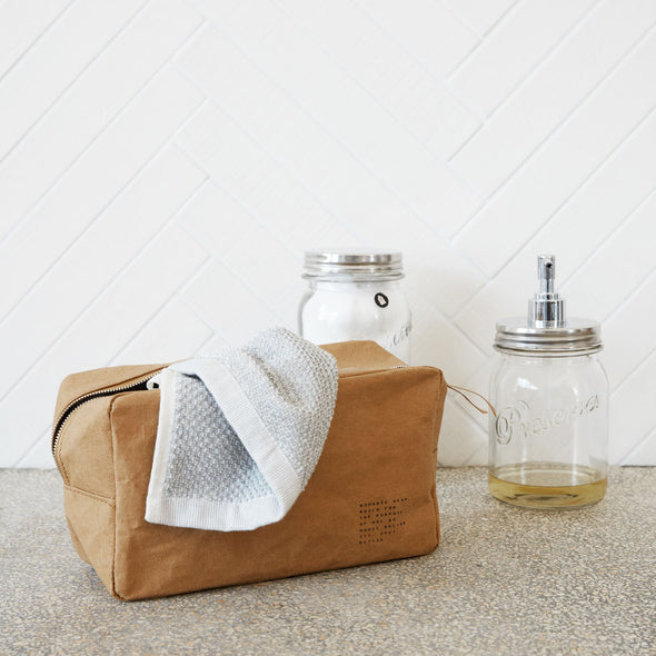 Nomadic Toiletry bag - Bathroom Accessories - Society of Lifestyle - TAILOR & FORGE