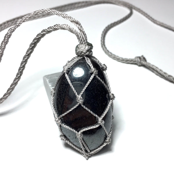 tumbled hematite macrame necklace