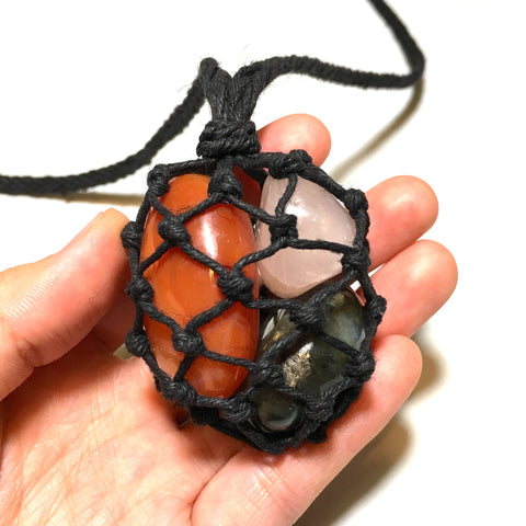 Empty Multiple Stone Pouch Necklace