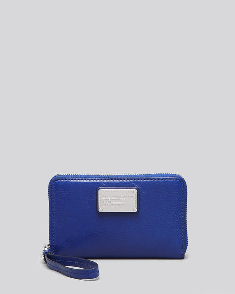 Marc By Marc Jacobs Classic Q Wingman Wristlet in Scuba Blue