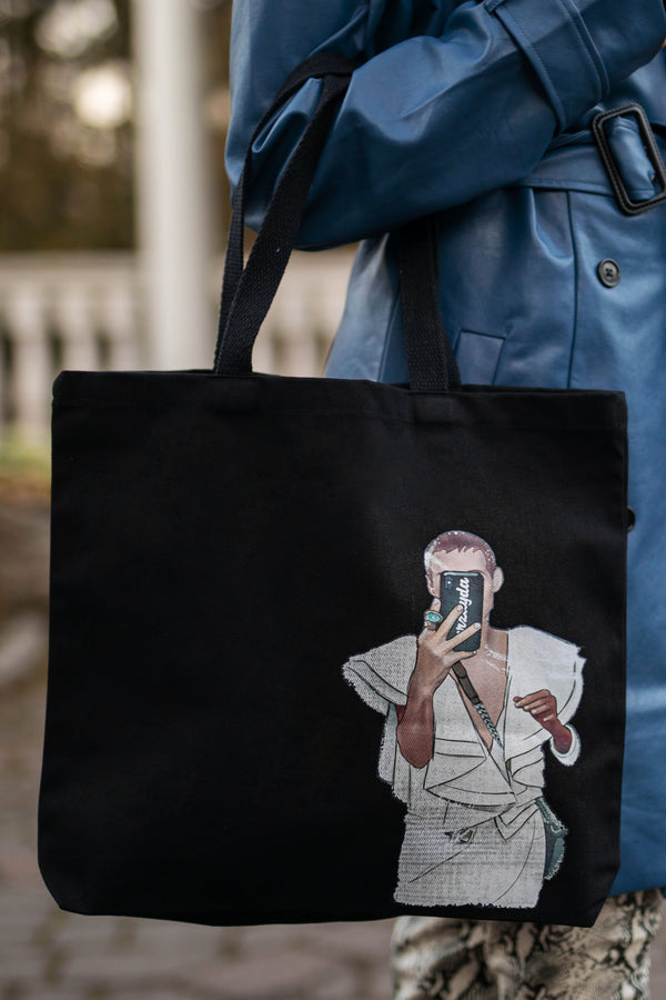 The K-Selfie Tote Bag