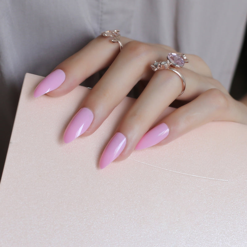 Pointed Glossy