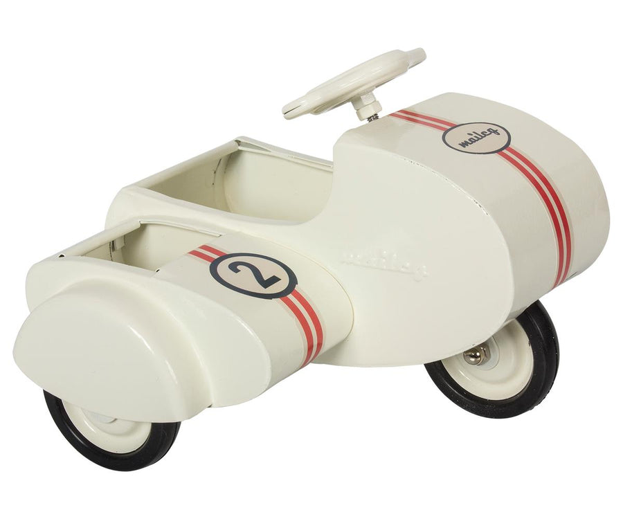 Maileg - Metal Scooter with Sidecar, White