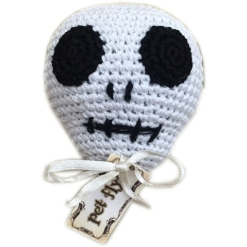 Skull dog toy, organic cotton cleans dogs teeth.