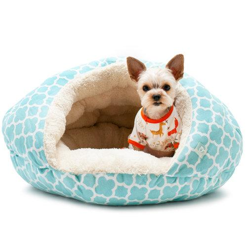 Soft cuddly burger dog bed geo diamond blue