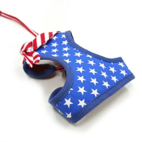 Patriotic dog harness view.