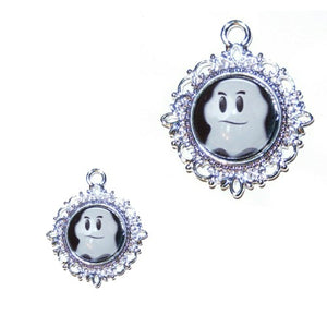 The ghost Halloween pet collar charm.