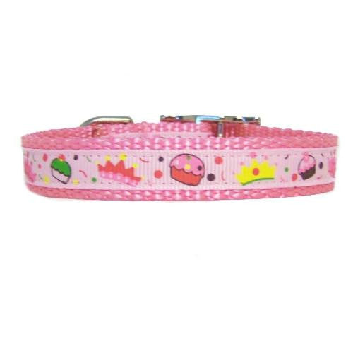 Our sweet girly things pet collar comes in pastel pink with crowns and cupcakes prints.