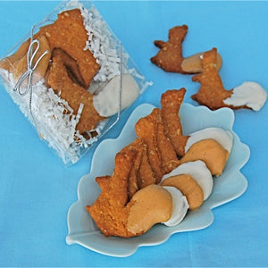 Squirrel shaped dog treats with frosted tail gift boxed.