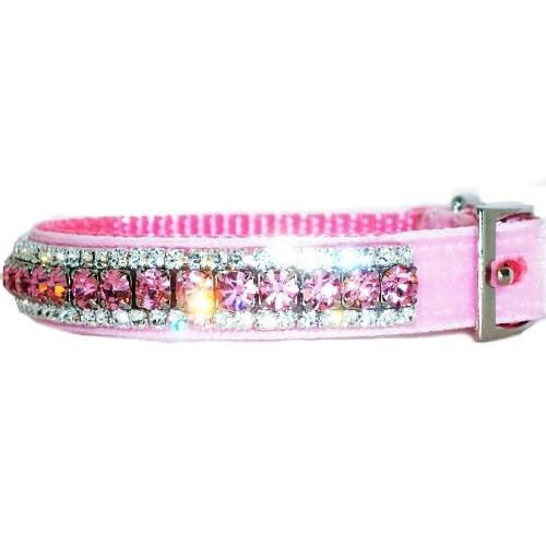 Pretty in pink velvet collar side view.