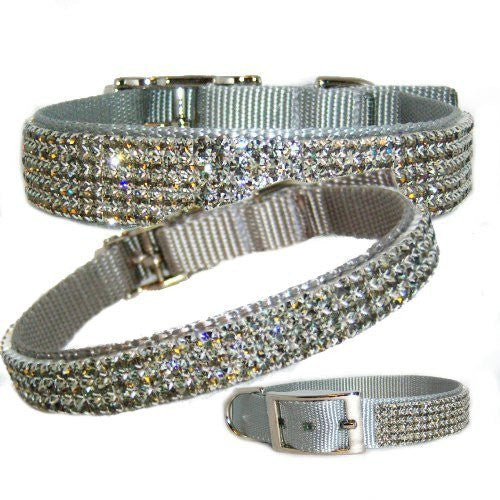 A beautiful silver gray pet collar with gorgeous black diamond crystals.