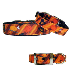 Thanksgiving pet collar with turkey, pilgrim hats and pumpkins print.