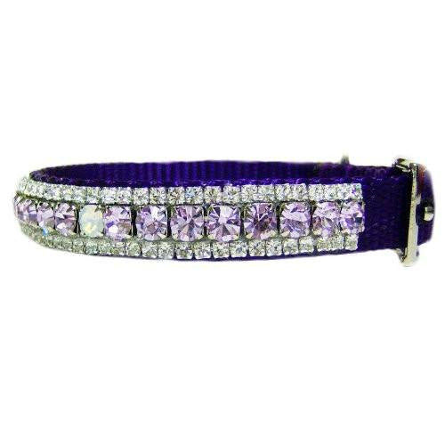 The daydreamer crystal pet collar side view.