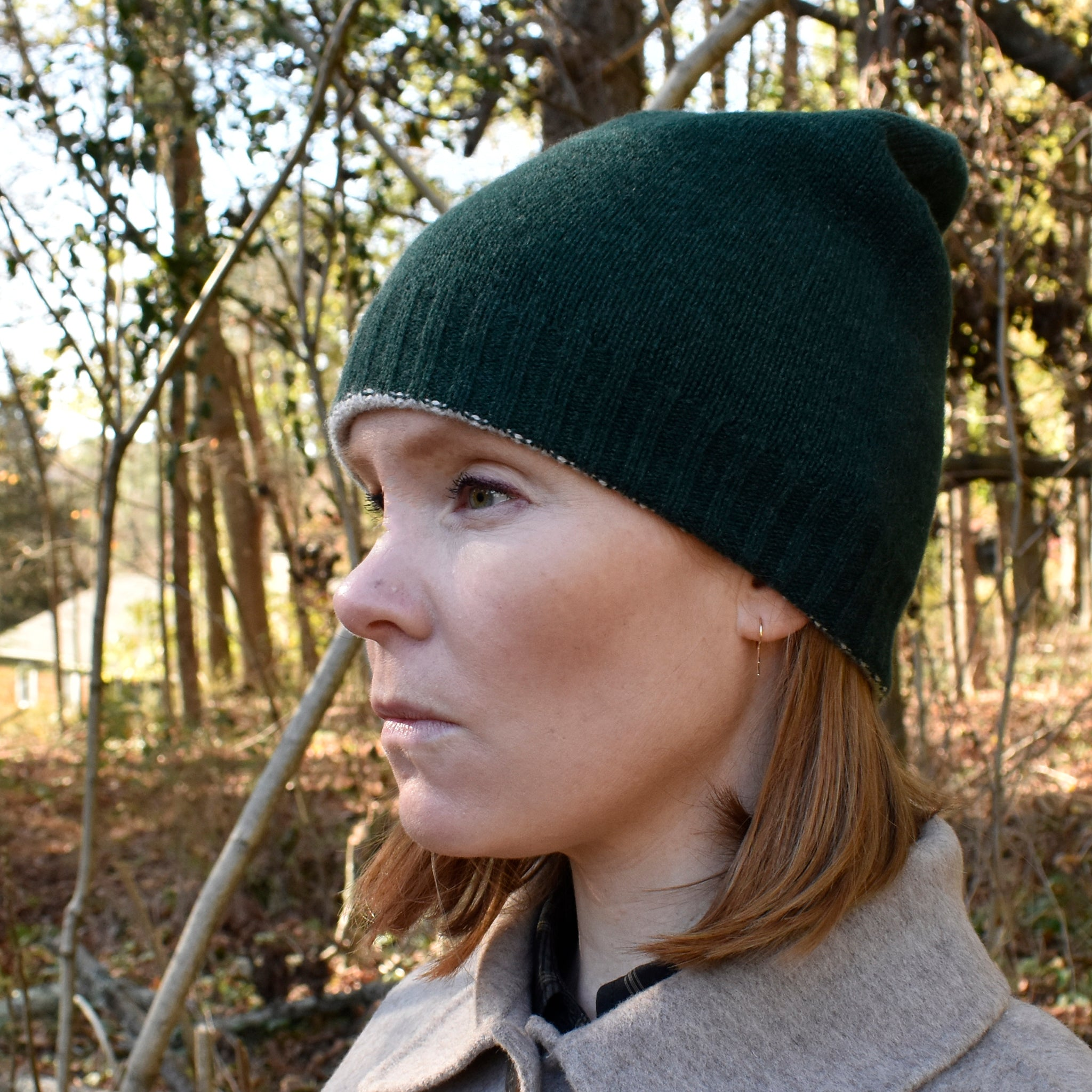 Reversible Cashmere Beanie - Forest Green/Oatmeal