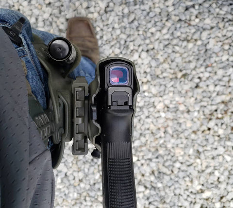 Aimpoint ACRO on a Glock 17 in Safariland holster