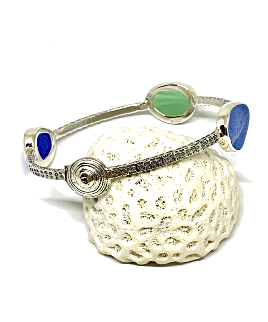 Swirl Shell with Textured Green, Blue & Aqua Sea Glass Bangle - Size Medium