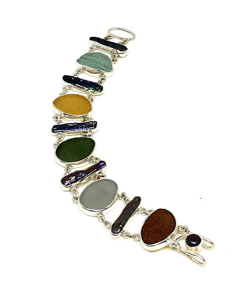 Dark Earth Tone Sea Glass and Black Biwa Pearls Double Link Bracelet