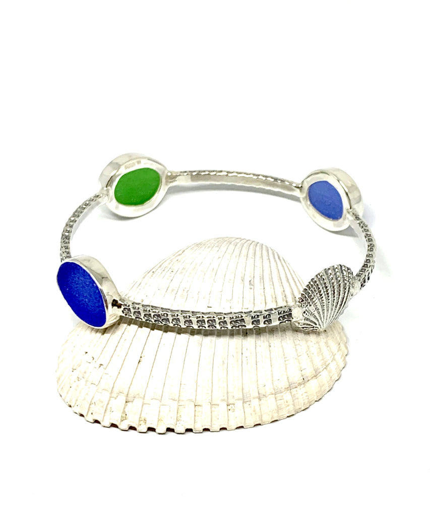 Scallop Shell with Green & Blue Sea Glass Bangle - Size Medium