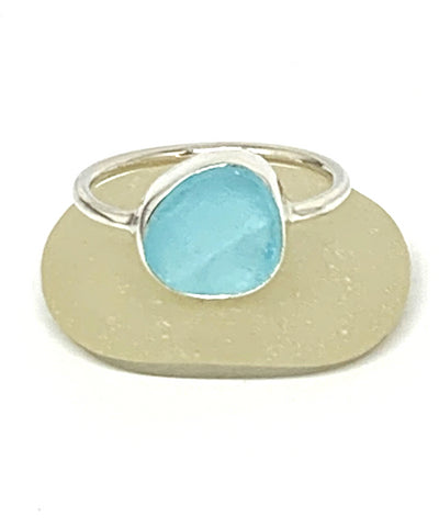 Bright Aqua Sea Glass