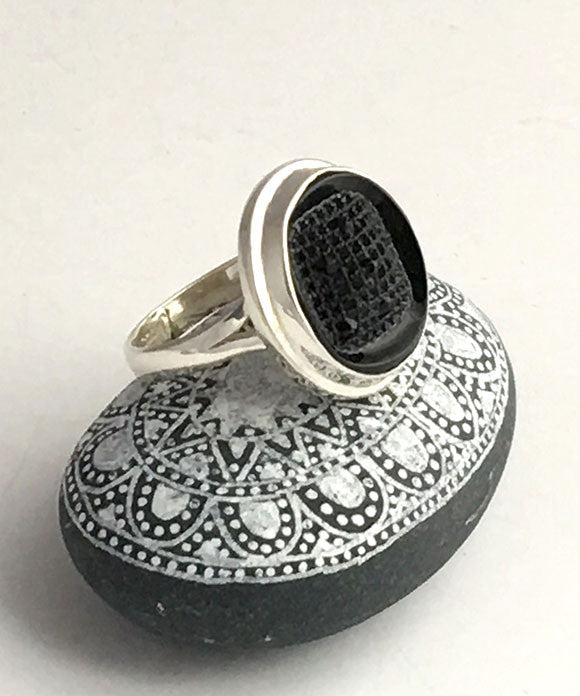 Black Abstract Vintage Button Ring - Size 9.5