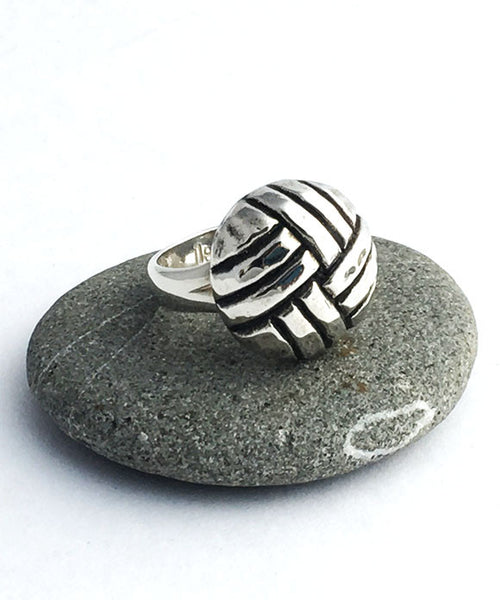 Cast Sterling Vintage Weave Button Ring - Size 7