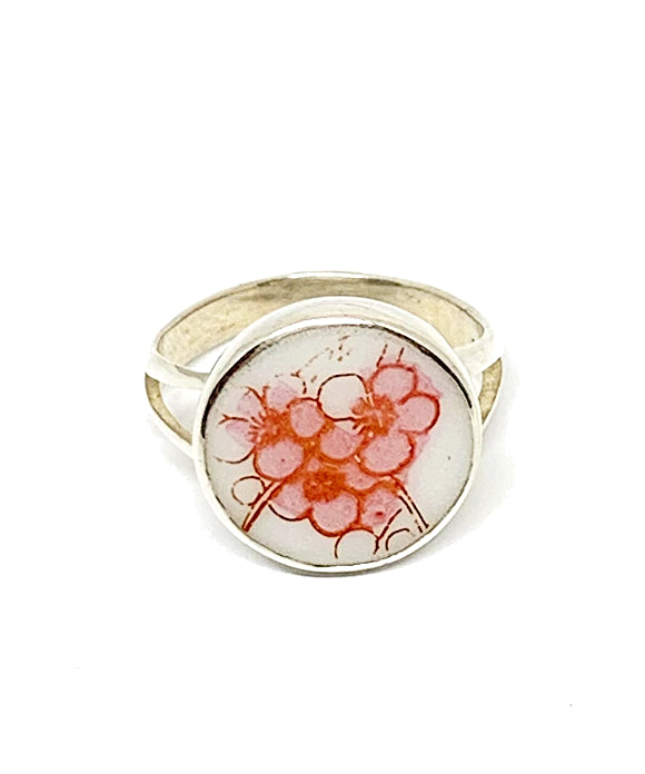 Delicate Pink Flowers Vintage Pottery Ring - Size 4
