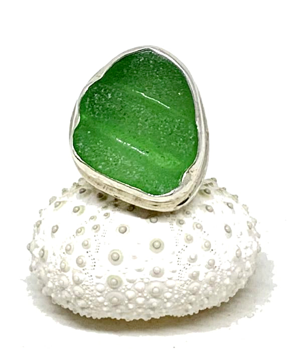 Bright Green Textured Sea Glass Ring - Size 7.5
