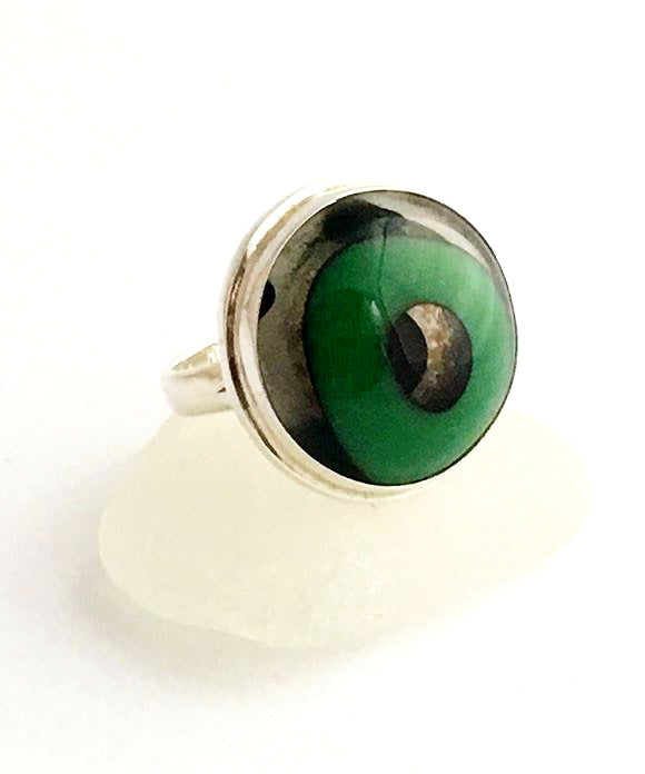 Green Circle Fused Glass Bubble Ring - Size 7