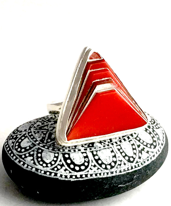Red and Silver Triangle Vintage Button Statement Ring - Size 6