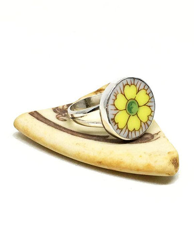Yellow and Light Purple Flower Round Vintage Pottery Ring- Size 6.5