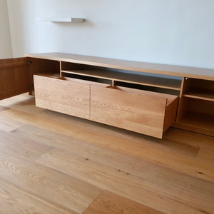 Load image into Gallery viewer, Custom American Oak Media Unit by Contents International