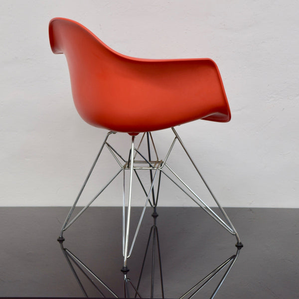 Set of FOUR Eames Moulded Eiffel Chairs with Arms (DAR) for Vitra