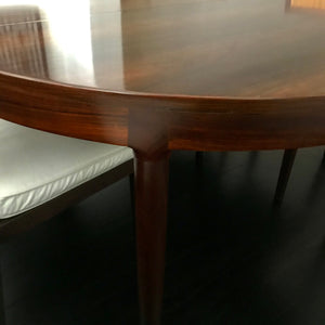 Vintage Rosewood Dining Table through Vampt