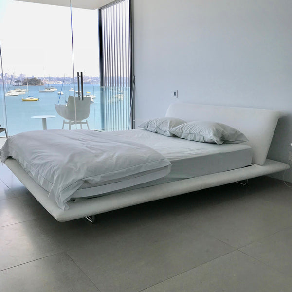 Queen Size Bed.Siena Queen Size Bed By Naoto Fukazawa For B B Italia
