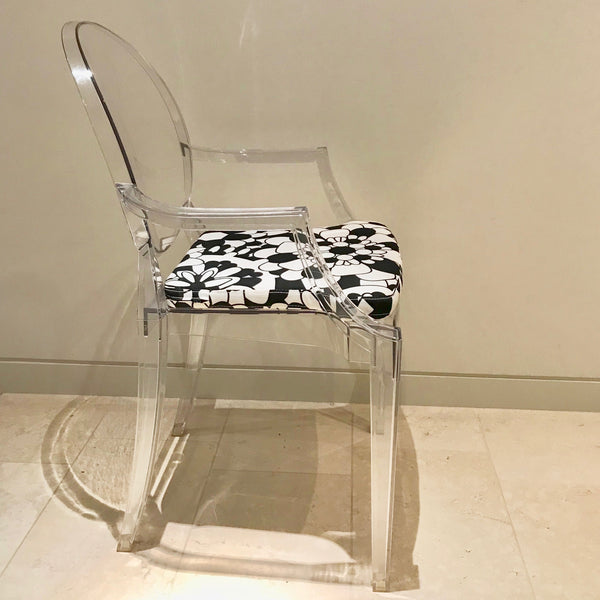 Set of FOUR Louis Ghost – Transparent with Missoni Seat Pad by Kartell