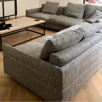 Load image into Gallery viewer, Wally Sofa by Antonello Mosca by Giorgetti