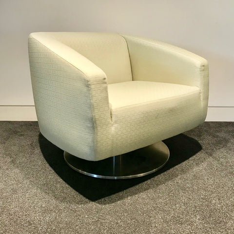 Lobby Lounge Tub Armchair by Schamburg + Alvisse